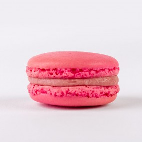 French Macarons Strawberry